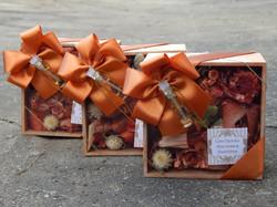 lembrancinhas madrinhas caixas flores se