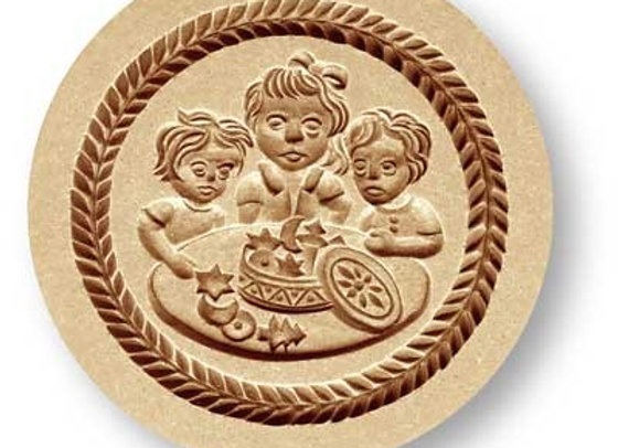 Children with Cookie Tin springerle cookie mold by Anis-Paradies 1224