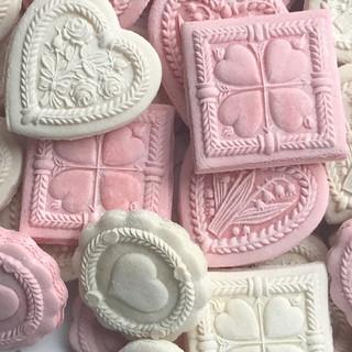 FEB Valentine Hearts pink white IMG_3415