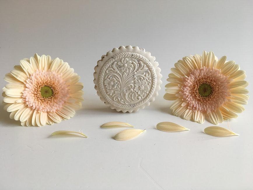 2261 floral ornament springerle cookie m