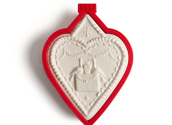 C - 5117 Custom Heart Finely Carved cookie cutter - Gingerhaus 17251