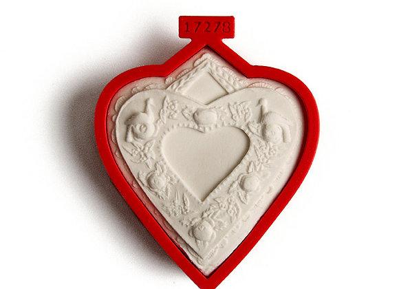 C - 5118  Cutter for Heart Rose Wreath cookie cutter - Gingerhaus 17278
