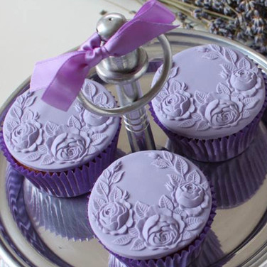 lavender with cupcakes rose swag springe