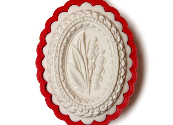 C - 2215 Lily of the Valley in Oval cookie cutter by Gingerhaus 17215
