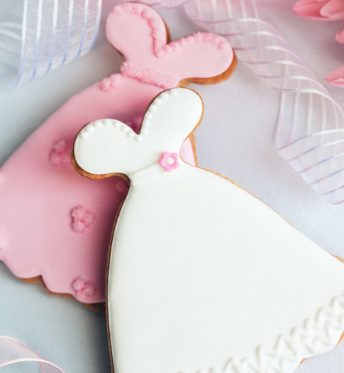 gingerhaus bridal shower cutters include four cutters bridal gown church and wedding cake cutters cutters range from approx 3 5 inches