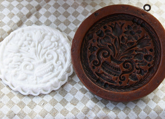 Floral Bouquet Springerle Cookie Mold by Gingerhaus M11118