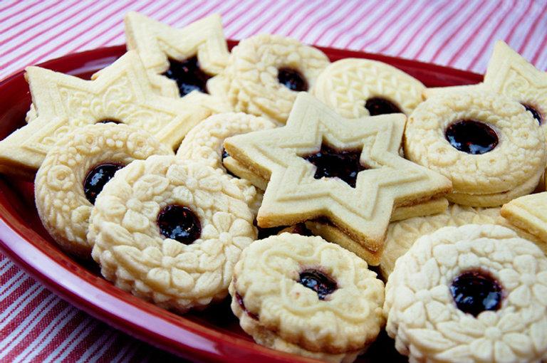 linzer cookies DSC_0244-1.jpg