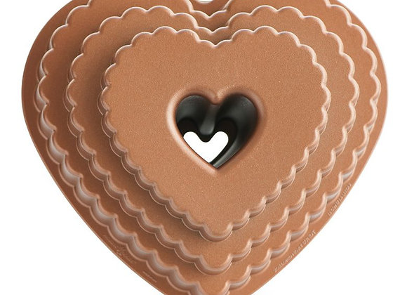 Nordic Ware Tiered Heart bundt cake pan 89937