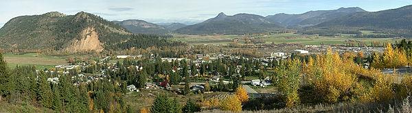 Photo overlooking the community of Lumby, B.C.