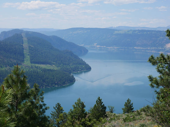 Photo of Kalamalka Lake from hiking trail in Kalamalka Lake Provincial Park