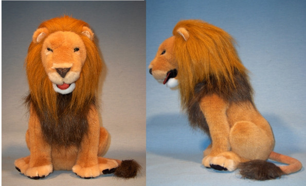 Chronicles of Narnia Roaring Aslan plush - PlayAlong Toys