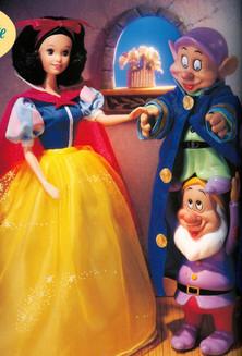 Disney Snow White and Stacking Dwarves- Mattel Toys