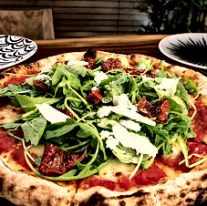 Pizza البيتزا