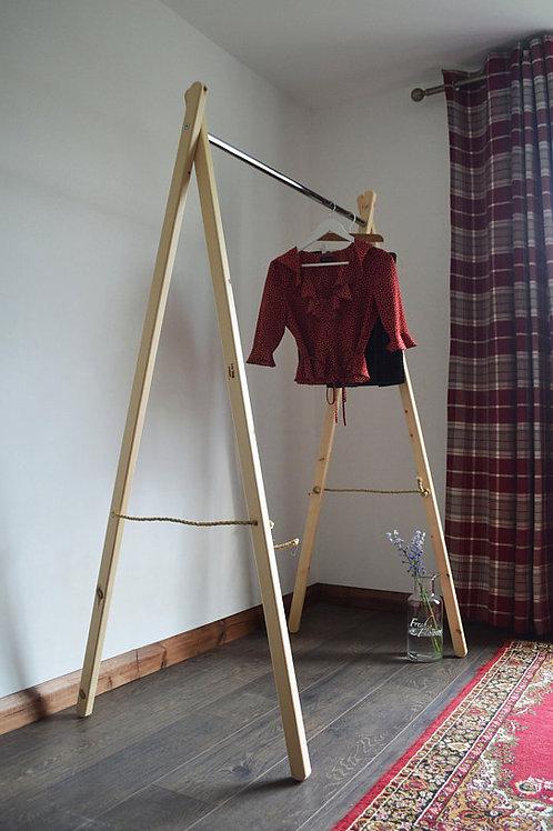 Simple Clothes Rail