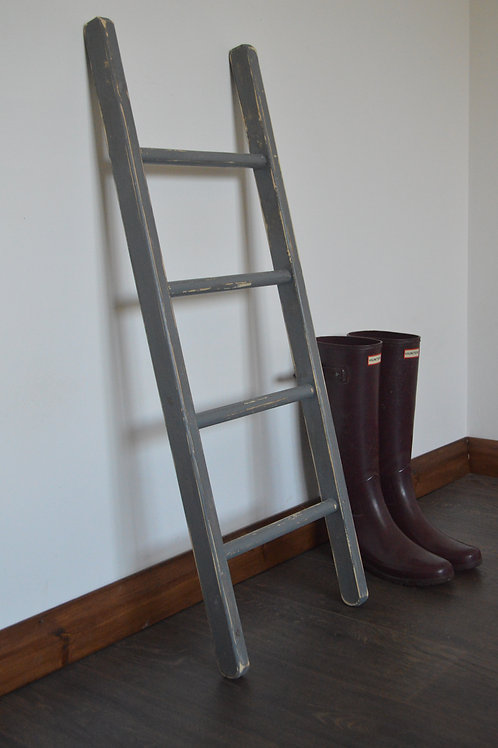 Home Decorative Wooden Ladder in Gray