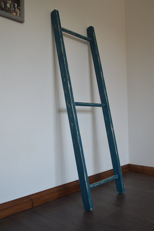 Home Decorative Wooden Ladder in Shabby Blue