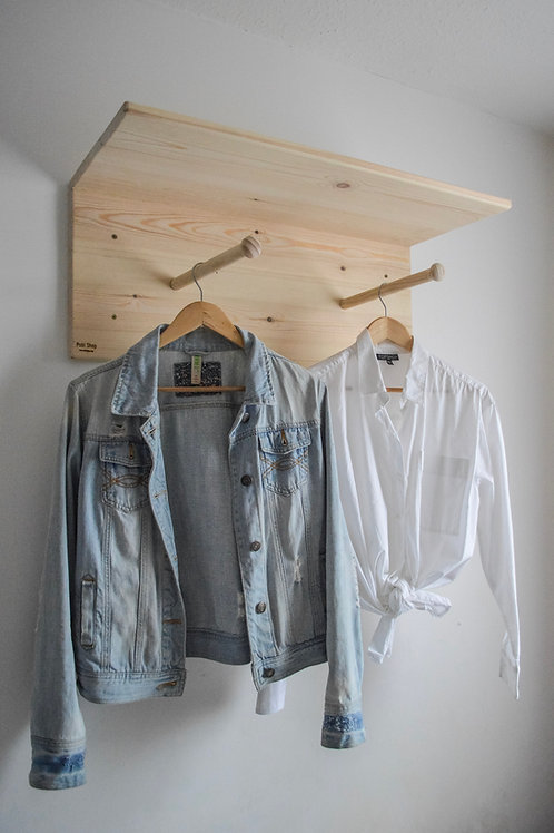 Ultimate Shelf Version 2 - with the ability to hang clothes