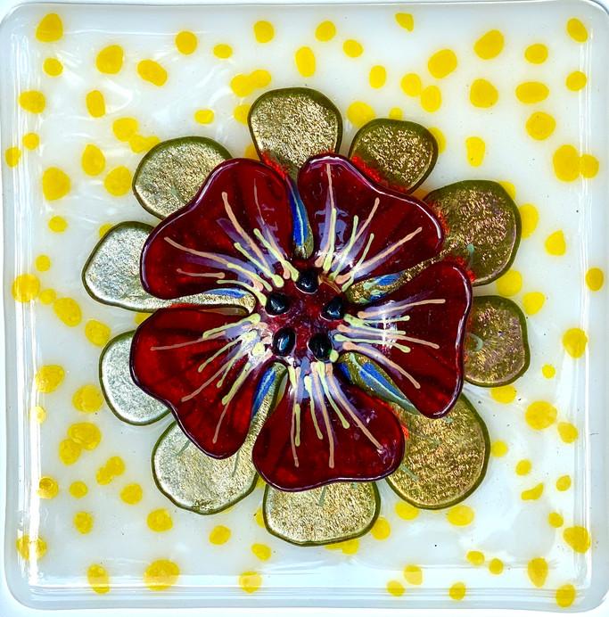 Small flower tile-red on white.JPG