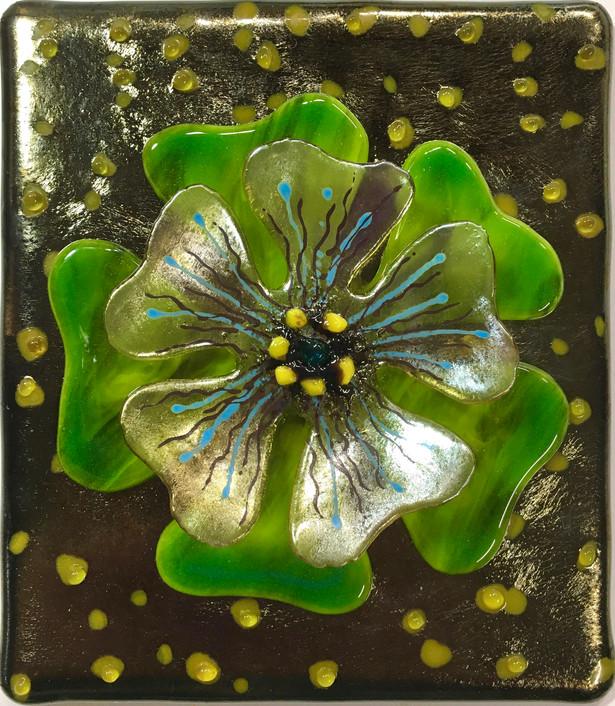 Green Flower/Black Irid