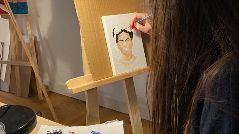 Atelier- Apéro !  Acylique sur toile.Spécial : Les femmes artistes et le POP Art
