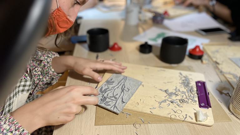 Atelier Linogravure : Spécial Lola Mora !