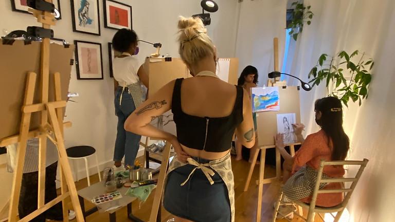 Atelier de peinture avec modele vivante : Les femmes artistes impressionnistes