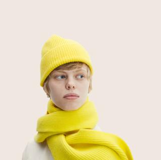 Le Bonnet Beanie and scarf Acid Yellow
