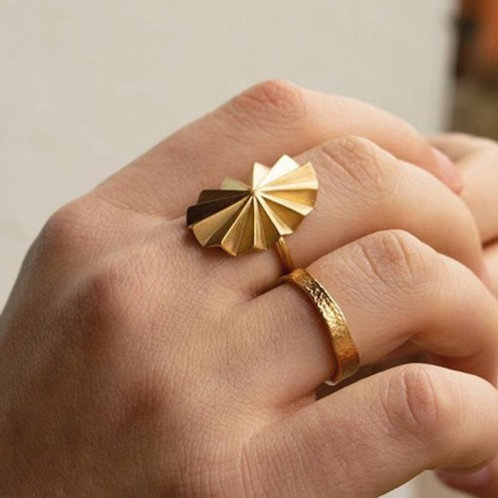 Brooklyn Ring Gold