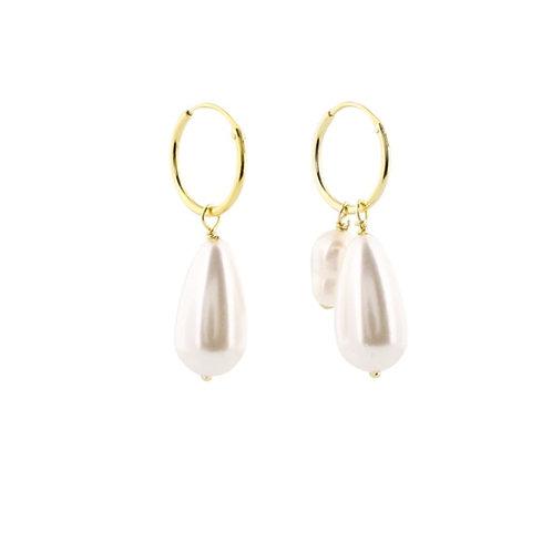 Asymmetrische Creolen mit Perlen