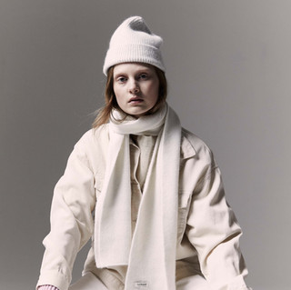 Le Bonnet Beanie and scarf Snow