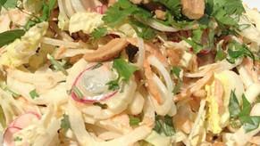 Une petite salade thaï aux oignons primeurs et autres gourmandises !