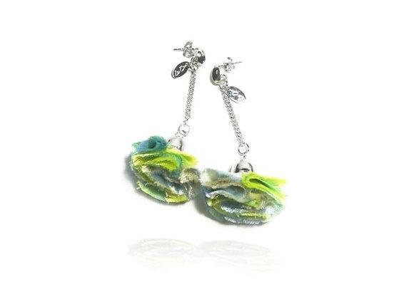 La Orr - Stud earrings (light green)