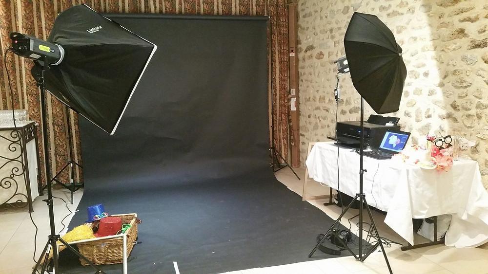 Stand photo booth pour animation de soirée (mariage, entreprise, fête de famille)
