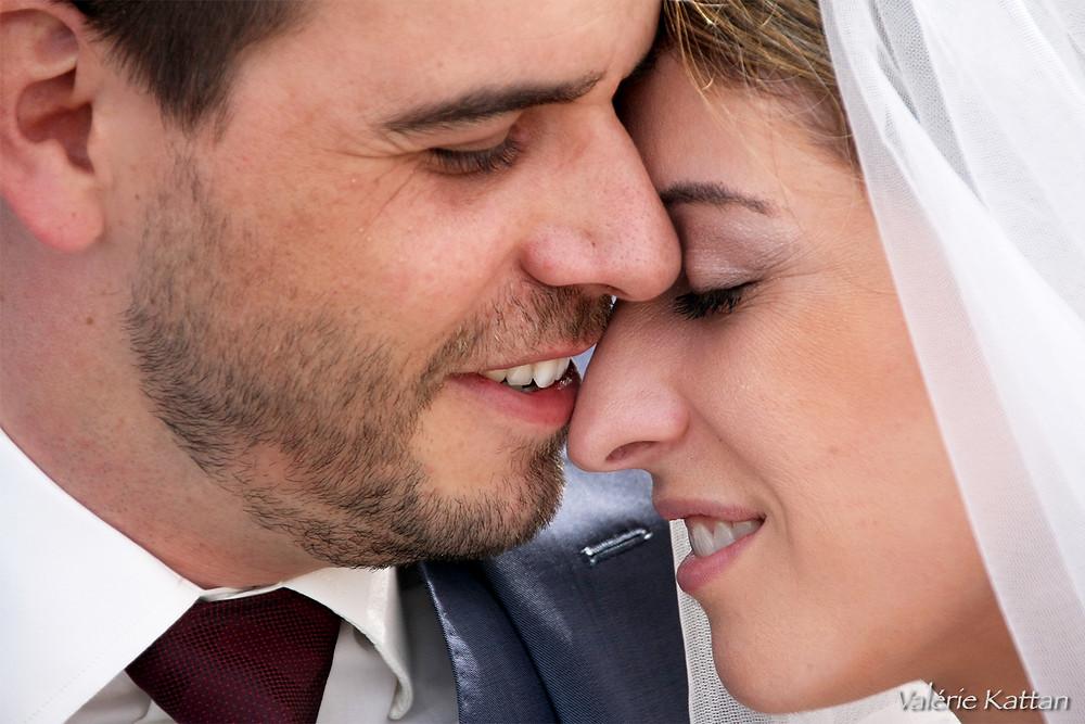 très gros plan de mariés