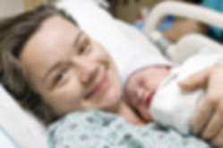 Postpartum doula hosptial support for mother and baby