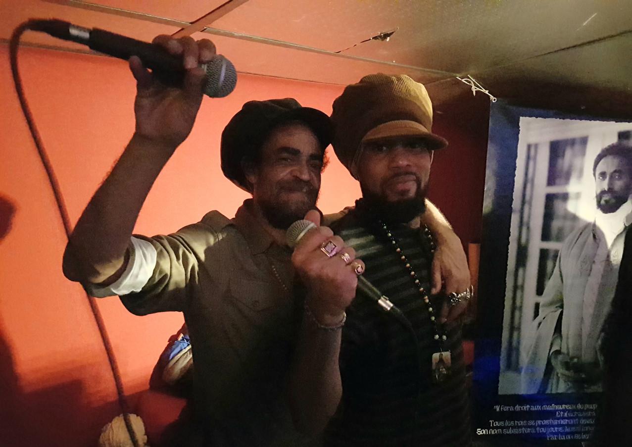 Mc Levi & Mc Brother Culture