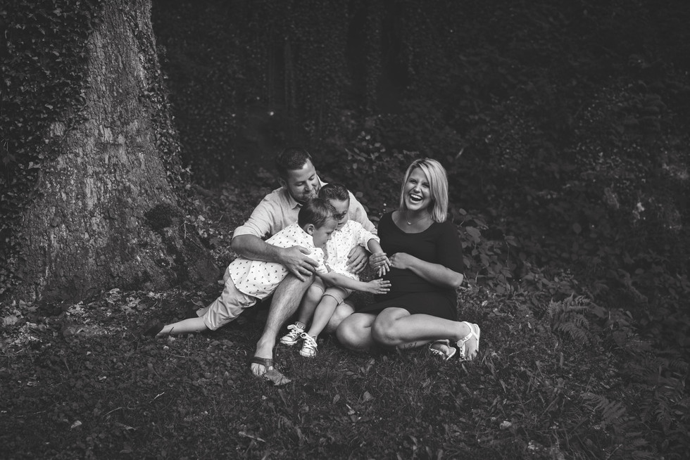 Mill Creek Park Family Maternity Session