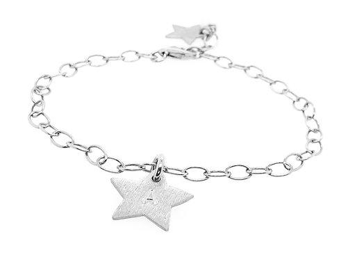 STJERNE - Personalisiertes Silberarmband mit Stern-Anhänger mit Initial