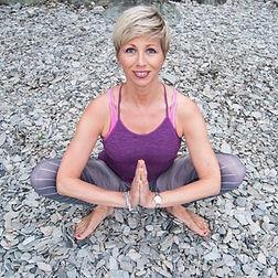 Merethe Grønbech | tankefeltterapeut | yogalærer | veileder eteriske oljer