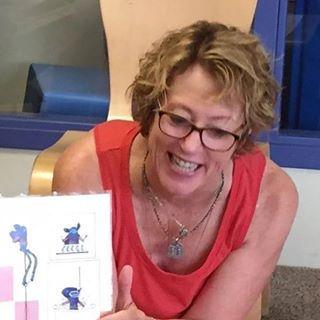 13907122_664460633703295_351949544756707, Teri Drobnick writer, Picture book writer, children's literature writer, book presentation