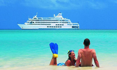 Cruise Companions Club beach romance.jpg