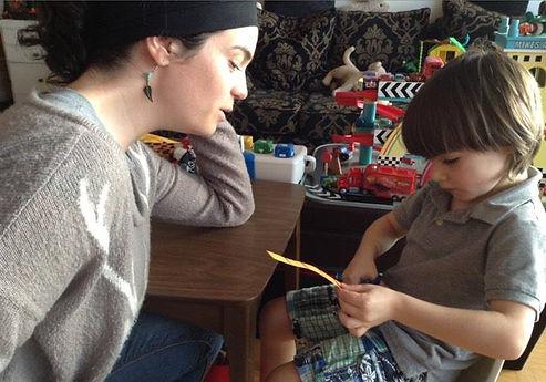 Atelier individuel avec Isabelle René, intervenante en TSA et retard de développemement (thérapie un pour un).