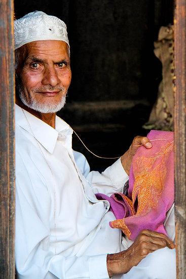 Embroiderer, Kashmir