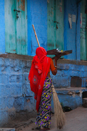 Woman with a Broom, Jodhpur