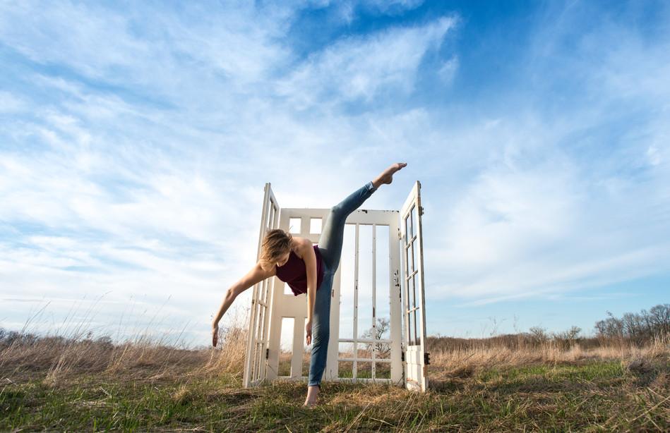 Dancer: Kaye Suarez PC: Darren Breen
