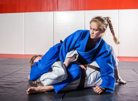 How to Get Better at Brazilian Jiu-Jitsu: The Top Tips for Beginners