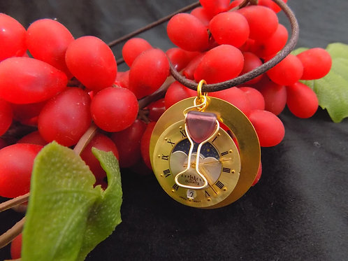 Time for Wine: Brass Necklace