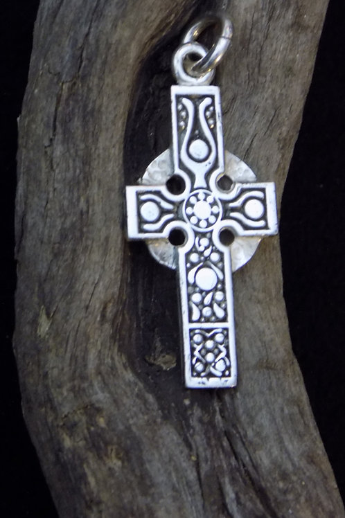 Cross of the Isles Pendant