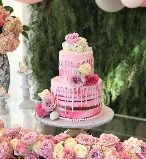 pink cake.png