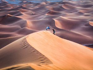 Top 4 reasons why you should visit Erg Zahar in the Moroccan Sahara